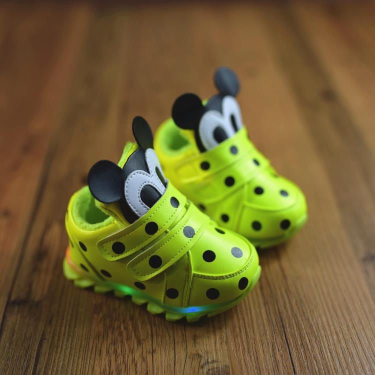 秋冬季宝宝鞋子棉鞋加绒0-1岁2运动鞋男童女童软底发光婴儿学步鞋