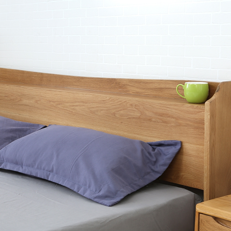 Nordic solid wood beds, 1.8 meter oak double beds, simple single beds, 1.5 children's beds, sockets, bedroom furniture