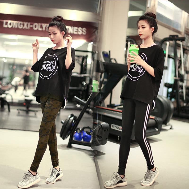 大きいサイズ韩范长項ゆったりランニングレジャー女中の袖Tシャツ着やせ修身ヨガウェアフィットネス衣女