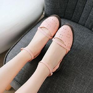 2018夏季新款百搭韓版學生女鞋甜美羅馬中跟粗跟一字扣帶涼鞋子女