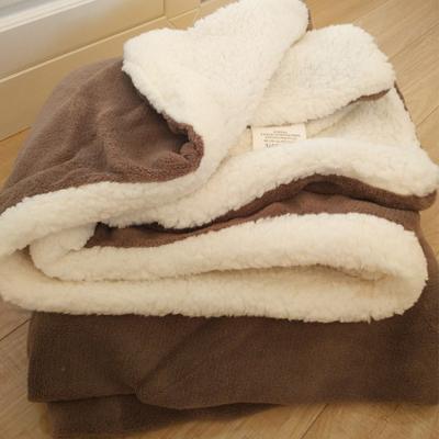 小毛毯沙发盖毯羊羔绒双层加厚珊瑚绒办公室午