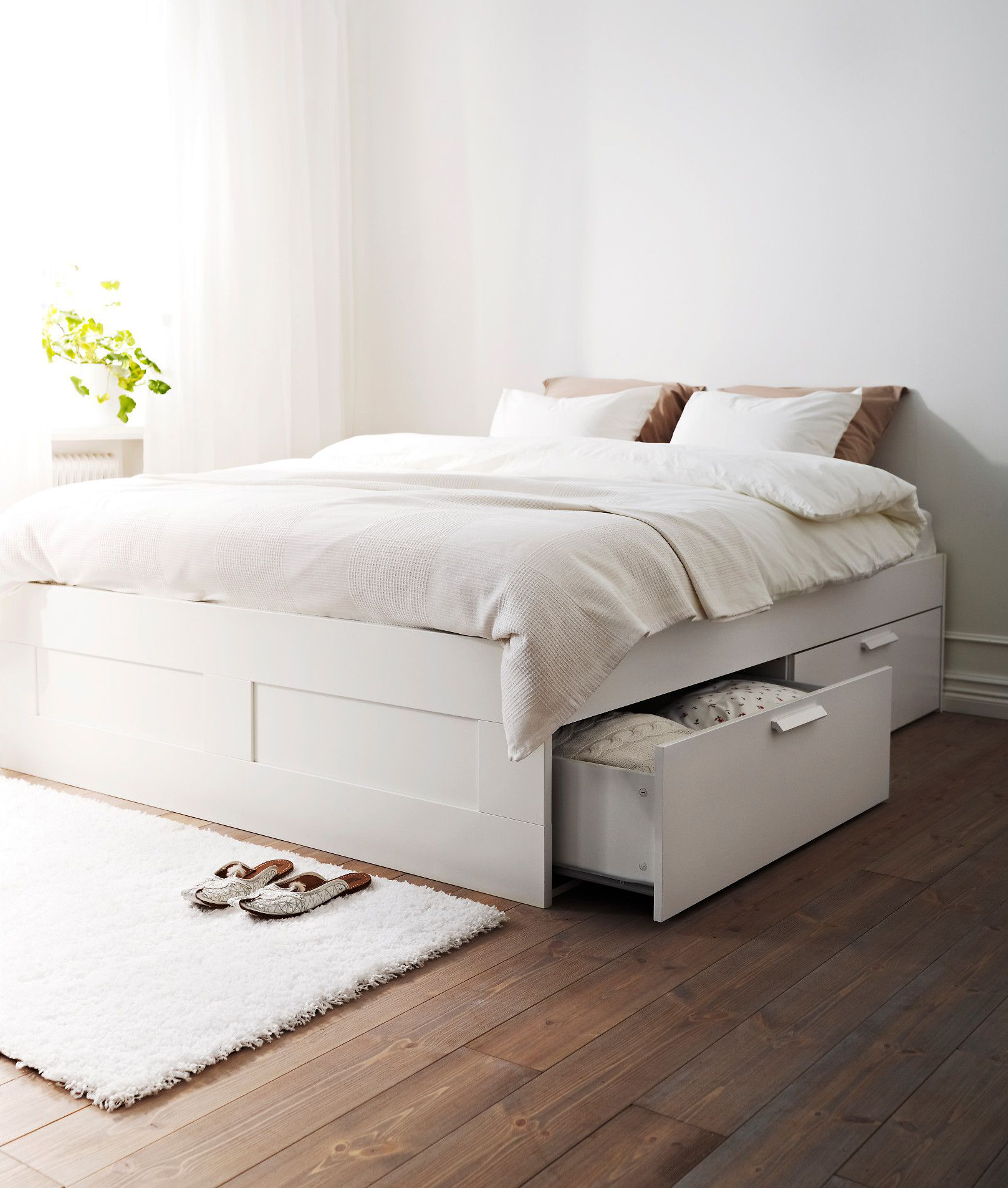 Mail home livable flagship store flagship Braun double bed with storage of simple modern small apartment assembly