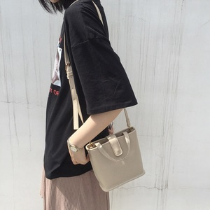 2018夏季新款韩国ins款简约小清新百搭小包包手提包单肩斜挎女包
