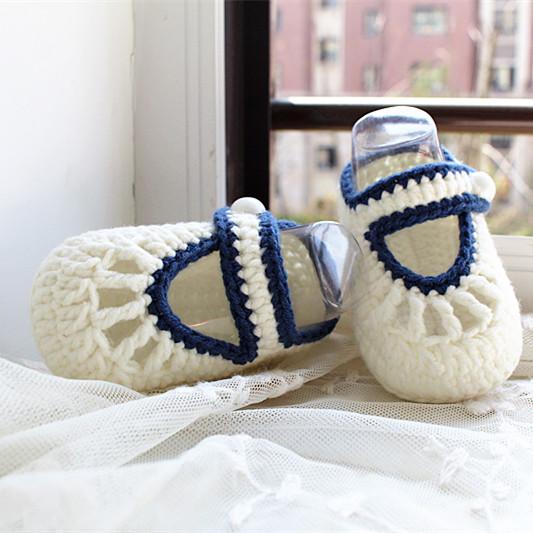 编织婴儿鞋宝宝地板鞋新生儿保暖款男女1岁以下成品白色毛线单鞋