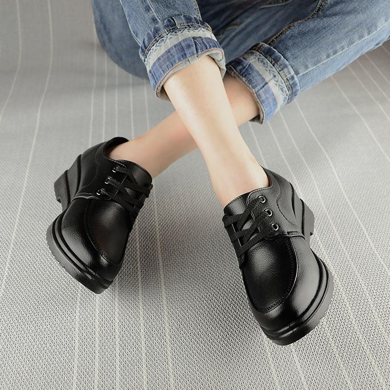 肯德基黑色工作鞋軟底防滑女鞋豆豆鞋中餐廳黑皮鞋坡跟媽媽鞋單鞋