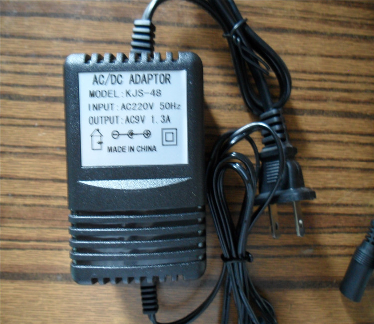 Paket - Kanal - Worte behringer MIC100MIC-800AC9V adapter
