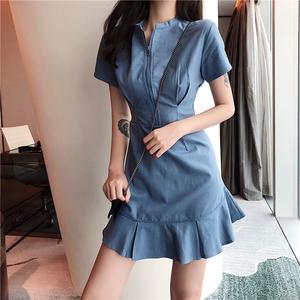 夏季2018新款气质百搭时尚修身显瘦荷叶边短袖拉链领口纯色连衣裙