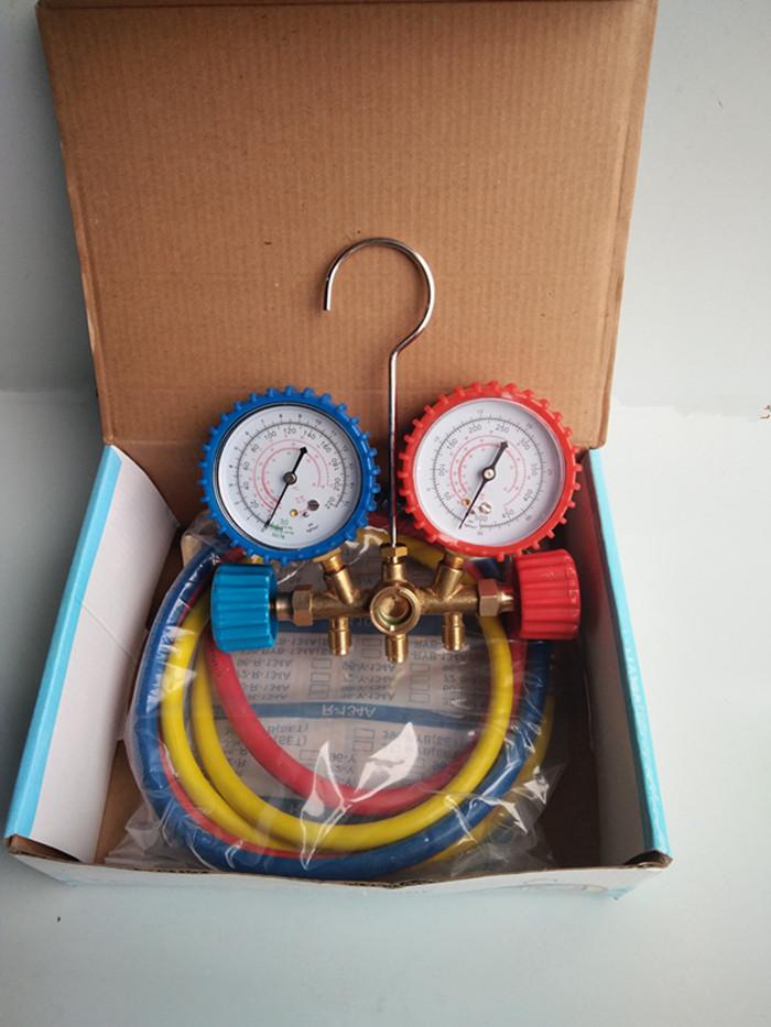 自動車エアコン冷炭炭は工具、雪の種類の時計、エアコンにフッ素の時計、冷媒をプラスして、冷媒