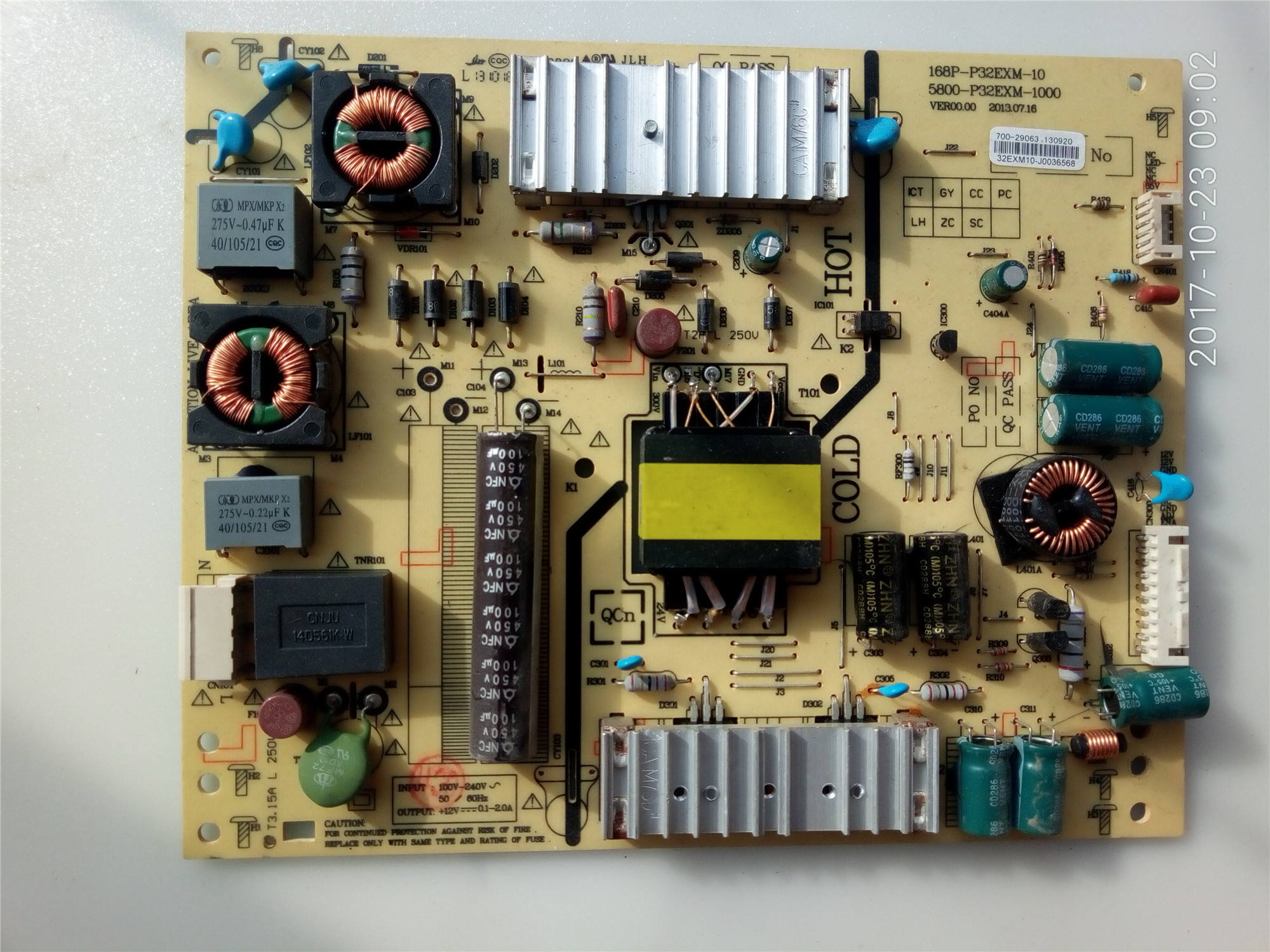 Skyworth télévision à cristaux liquides 32E660E32 pouce plaque d'alimentation haute tension d'une carte de circuit d'amplification de commande de rétroéclairage