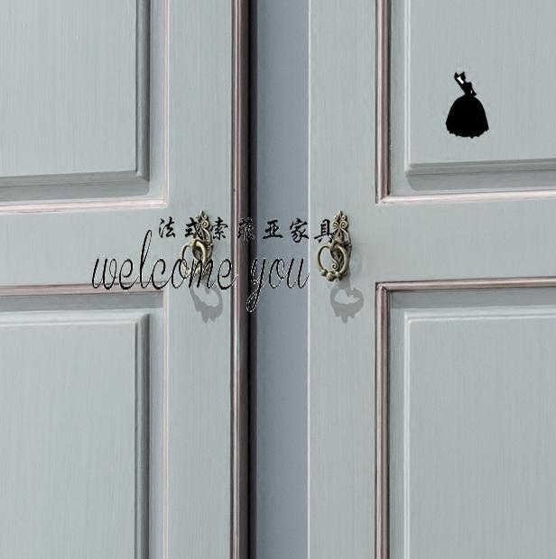 Meubles en bois des Européens en bois gravé de deux portes d'armoire classique de nouvelle garde - robe en bois sculpté