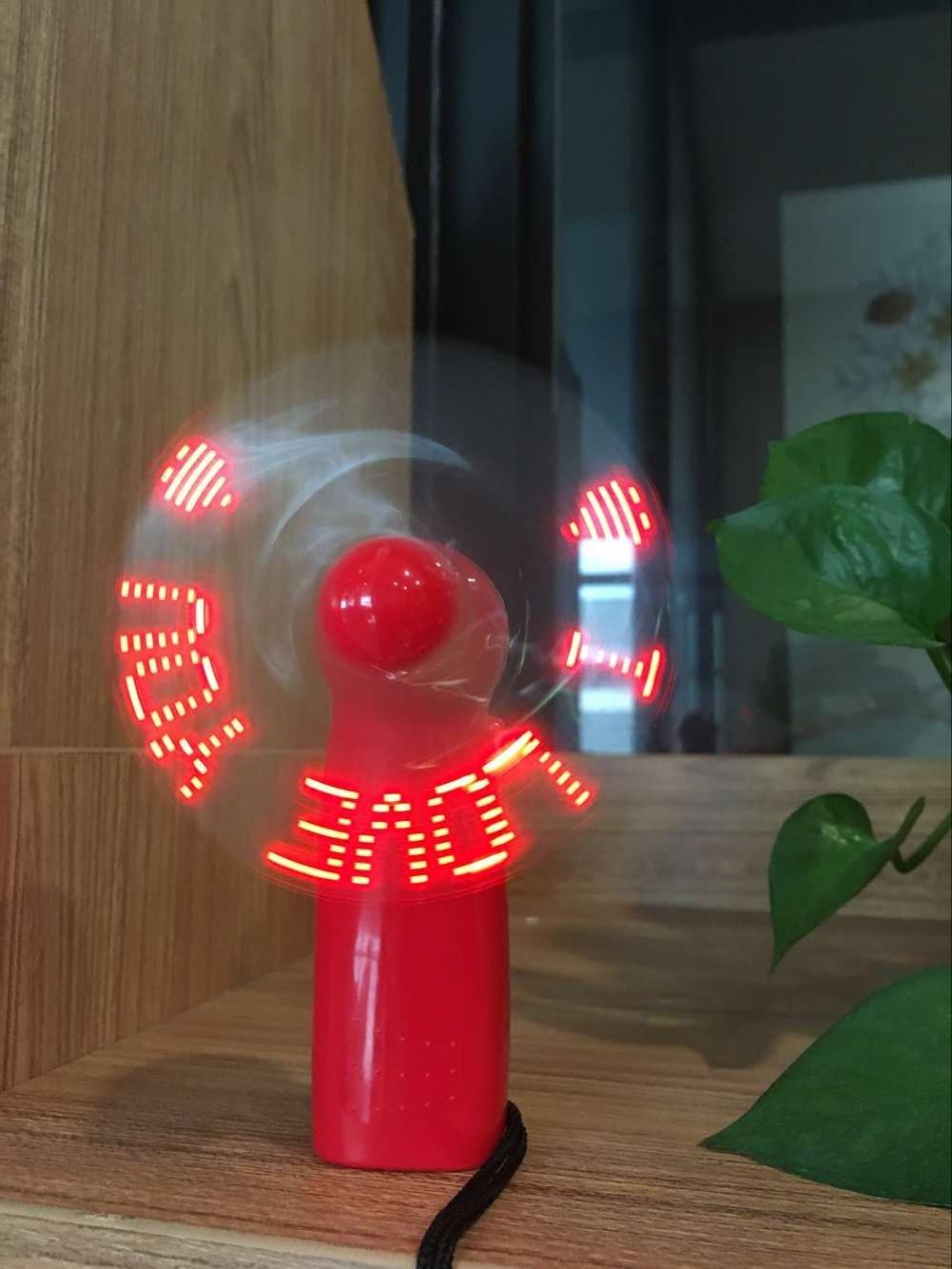 DIY LED flash de mano pequeñas bolsas de regalo luminoso ventilador portátil mini ventilador con la palabra publicidad creativa