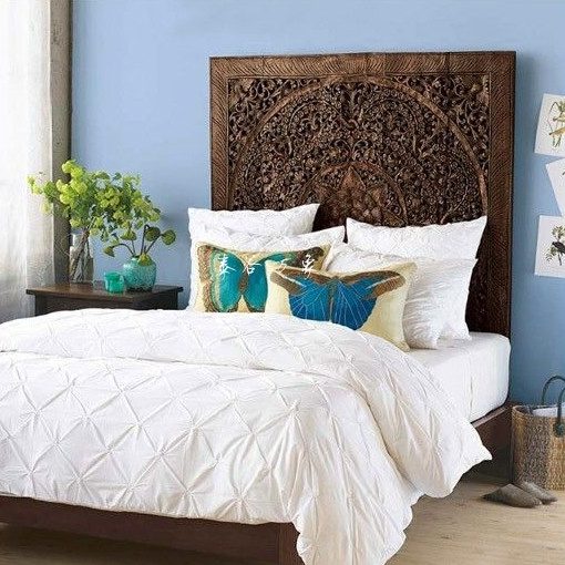 Southeast Asian style bedroom furniture elm 1.8 meters double Thai carved wood club high bed bed