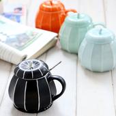 Ceramic Pumpkin Mugs