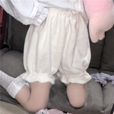 taobao agent Plush pumpkin pants bottoming pants female spring and autumn jk Lolita outer wear plush warm safety shorts bloomers