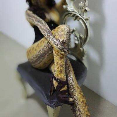 麦薇的潘多拉_写实效果 黄色蛇纹紧身衣 全包 zentai 量身定制-淘宝网