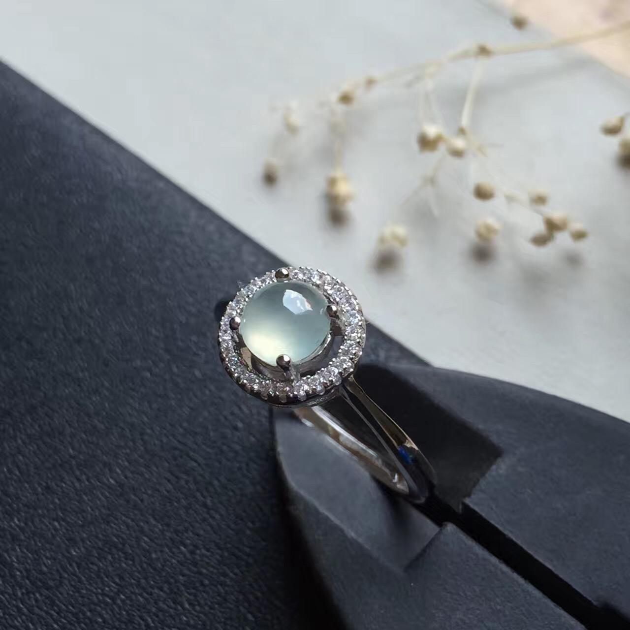 昌荣珠宝 翡翠戒指指环女银镶嵌礼物冰种A货蛋面天然玉石925