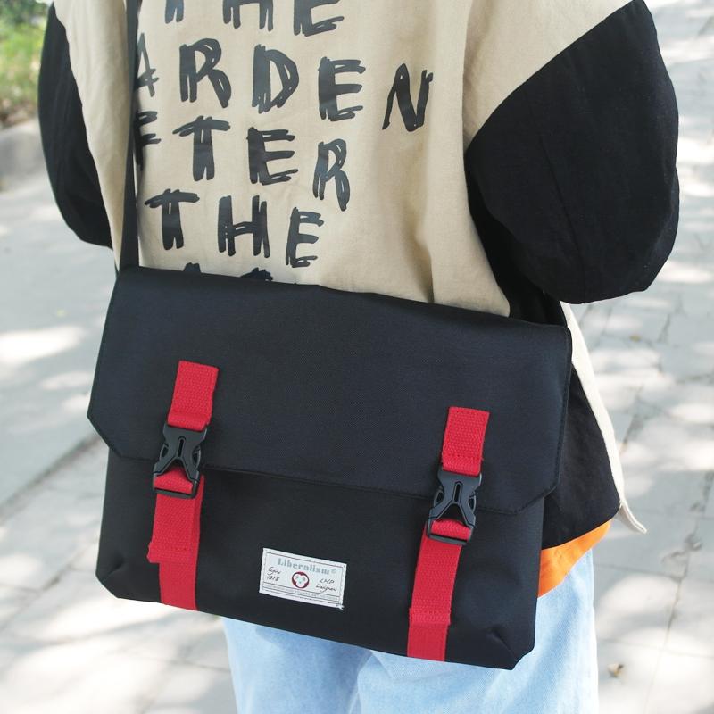 潮包斜挎单肩包学生书包街头休闲单肩包电脑包邮差包旅行包