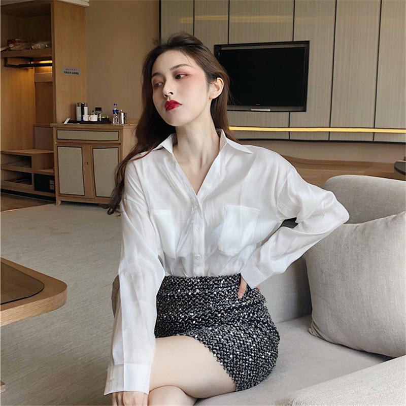 很仙的衬衫女设计感小众chic百搭气质上衣宽松v领珠光长袖衬衣女