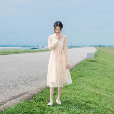 早秋套装裙秋装新款法式复古立领气质显瘦小香风两件套连衣裙