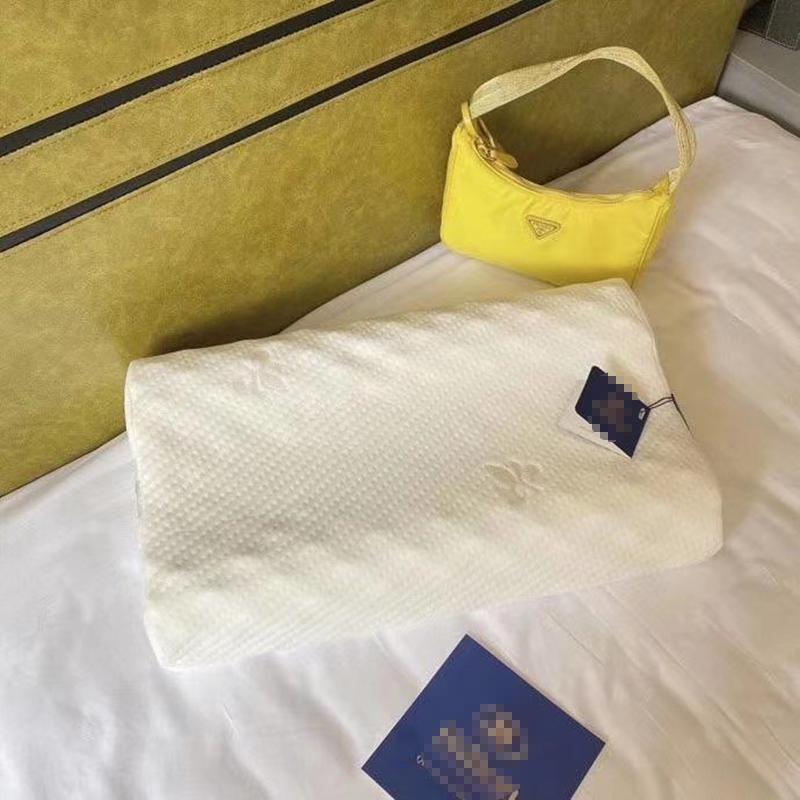 【百人验货】泰国进口天然乳胶枕头枕芯