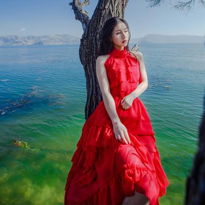 森女青海湖茶卡拍照不规则大摆度假雪纺连衣裙红色回门敬酒服长裙