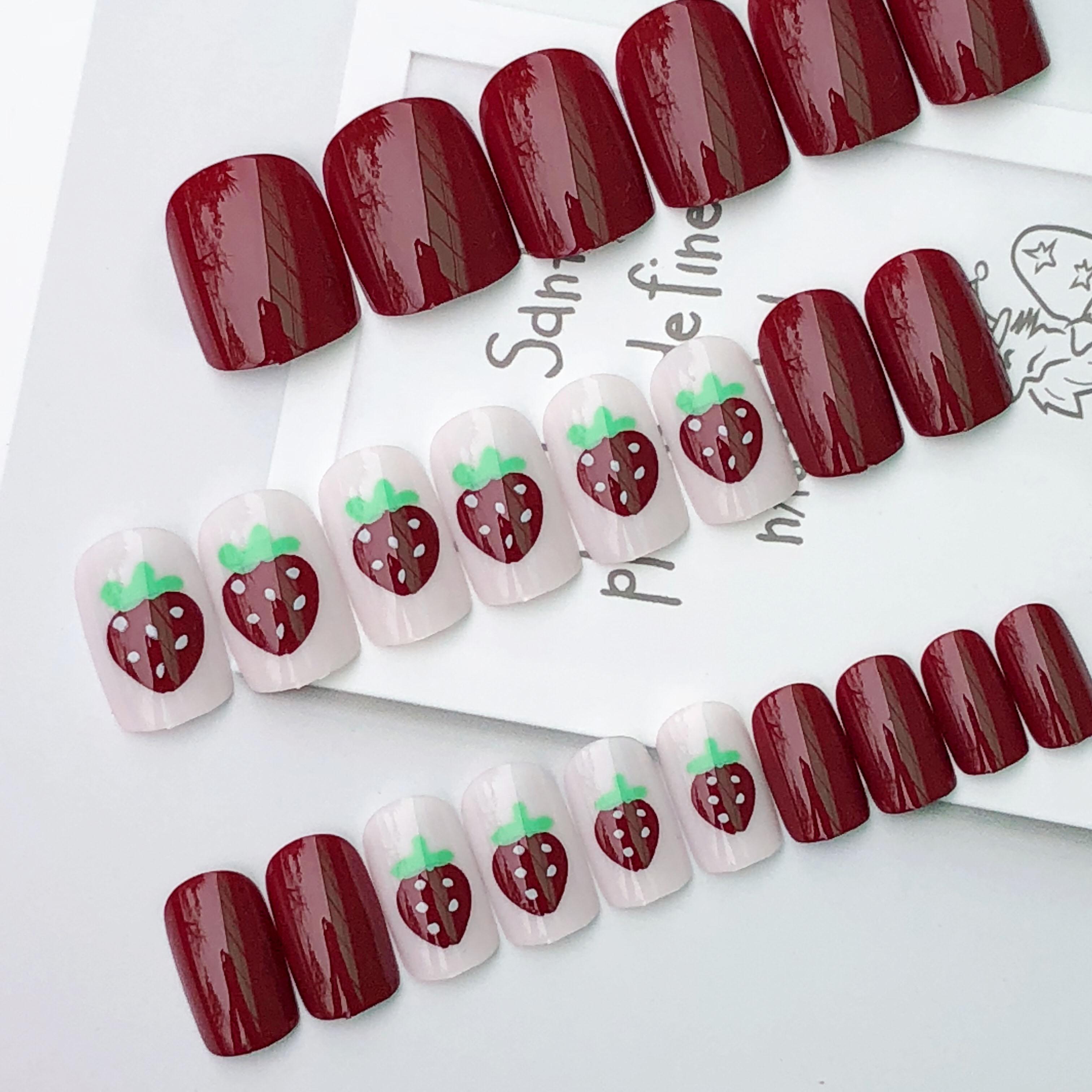指甲贴片美甲成品ins网红欧美甲片可摘带酒红草莓中长方自由拆卸