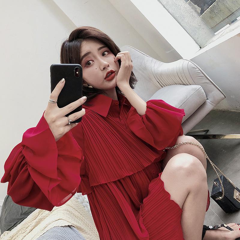 ◆ Yang Momo ◆ đầm voan Hàn Quốc phiên bản của eo cao một từ váy trumpet tay áo đỏ polo cổ áo ngắn bánh váy