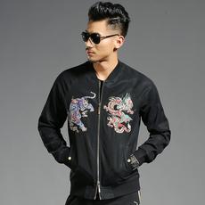 莱佰叶秋冬新款男装中国风龙虎刺绣印花外套青年立领夹克潮6855
