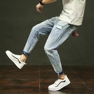 S實拍2018春夏男褲青少年牛仔褲男修身牛仔長褲男破洞小腳褲1811