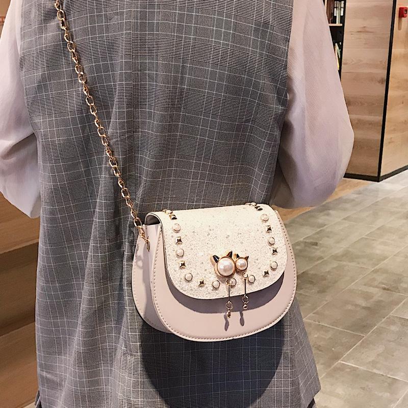 夏天小包包仙女新款高级感珍珠铆钉马鞍包chic亮片链条斜挎包