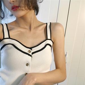 Mùa xuân mới retro Hồng Kông hương vị chic gió 3 màu đan dây đeo khí ngắn phần mỏng giảm béo đàn hồi vest