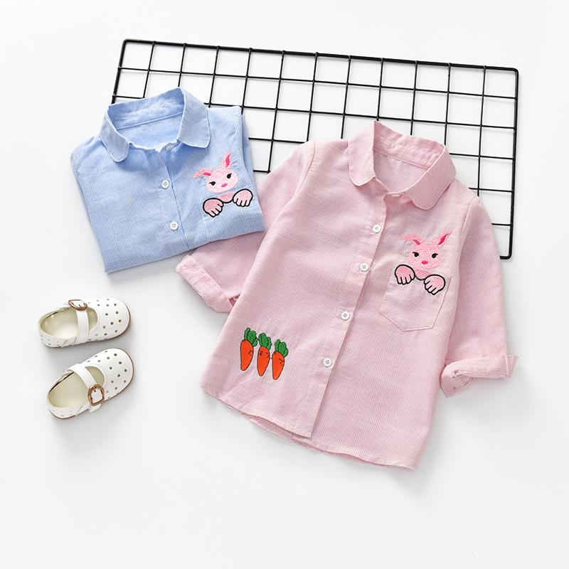 Cô gái mùa thu 2018 mới dài tay áo con thỏ thêu áo trẻ em 1-7 tuổi cô gái áo triều