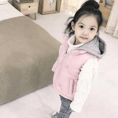 女童连帽马甲4加厚冬装保暖新款3岁儿童上衣宝宝坎肩背心童装