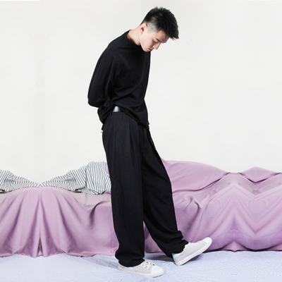 Thiết kế ban đầu thương hiệu nam màu đen xám màu rắn đôi xếp li chân rộng quần dài đống quần chân lỏng giản dị Châu Âu và Mỹ retro Quần