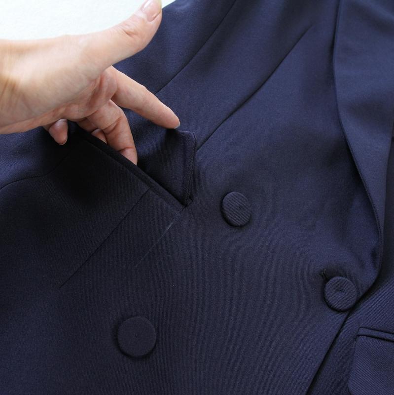 Kích thước lớn của phụ nữ 2018 mùa xuân và mùa hè mới Tây Tạng màu xanh phù hợp với cổ áo đôi ngực vest + 9 điểm quần bộ