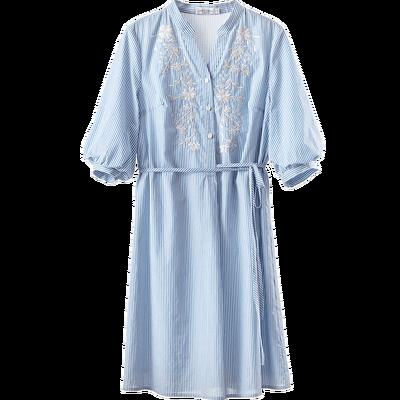[New giá 149 nhân dân tệ] 2018 mùa hè v cổ áo thêu màu xanh sọc một từ váy khí đèn lồng tay áo đầm Sản phẩm HOT