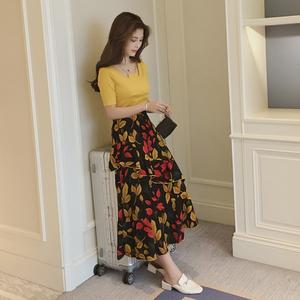 春季新款韩版短袖t恤中长款连衣裙套装女不规则碎花半身裙两件套