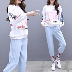 实拍气质休闲女神套装女新款洋气网红时尚初春两件套韩版俏皮春装