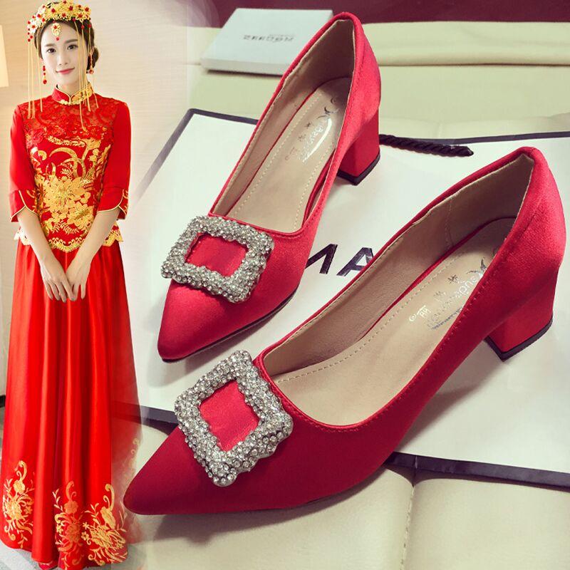 结婚鞋子红色高跟鞋女士婚鞋2017新款粗跟夏季中式新娘鞋水钻单鞋