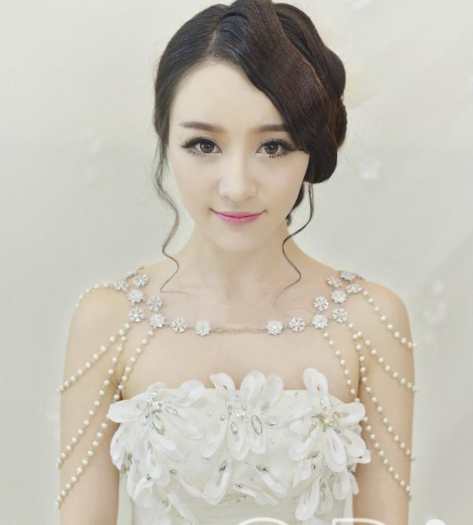 肩链新娘饰品水钻肩饰头饰红色珍珠链条韩式结婚婚纱配饰礼服肩带