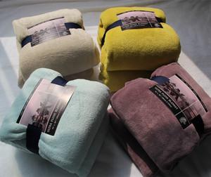 Mùa đông dày flannel san hô fleece chăn chăn sheets sofa chăn đóng dấu bằng văn phòng giản dị chăn