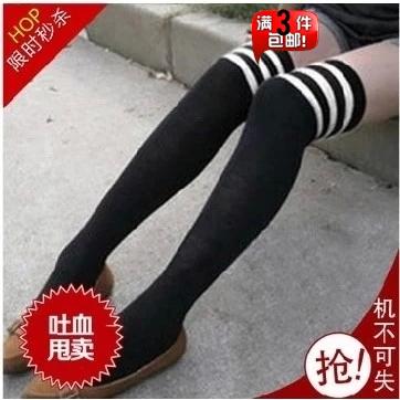 Stovepipe căng vớ cao ba thanh Harajuku Cao Đẳng gió vớ dài trên đầu gối vớ Nhật Bản COS bông phụ nữ chân dài vớ