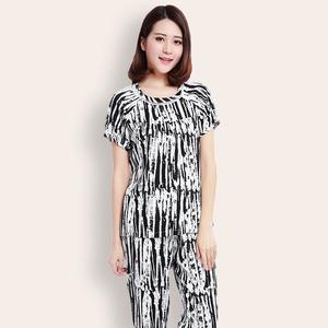 Mùa hè trung niên mẹ bông lụa đồ ngủ mùa hè của phụ nữ bông lụa ngắn- tay phần mỏng trung niên bông bộ có thể được đeo