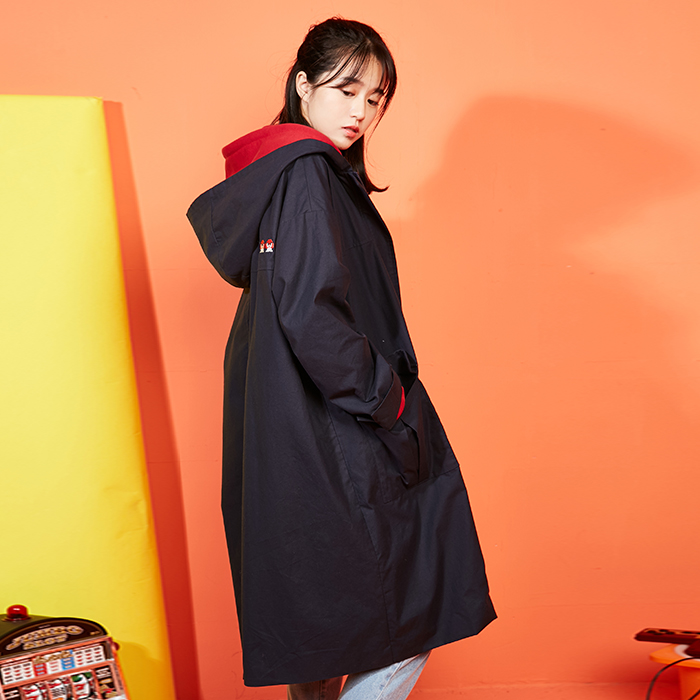 Mèo nước sốt tím 2018 mùa thu mới gốc Nhật Bản của phụ nữ coat loose dài trùm đầu áo gió