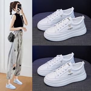 2020秋季新款小雏菊小白鞋女韩版学生平底跑步板鞋ins增高女鞋