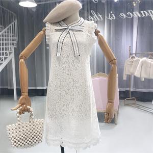 2018 mùa hè mới Han Fan không tay eo cao Slim hit màu bow hollow crochet hoa đầm ren quần áo của phụ nữ