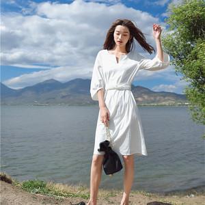 izp温柔风灯笼袖小v领白色连衣裙女夏腰带中长款七分袖复古初恋裙