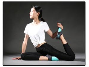 Mực nam giới và phụ nữ máy chạy bộ đặc biệt đáy mềm trong nhà đào tạo toàn diện phòng tập thể dục jump rope yoga giày bãi biển ngoài trời giày