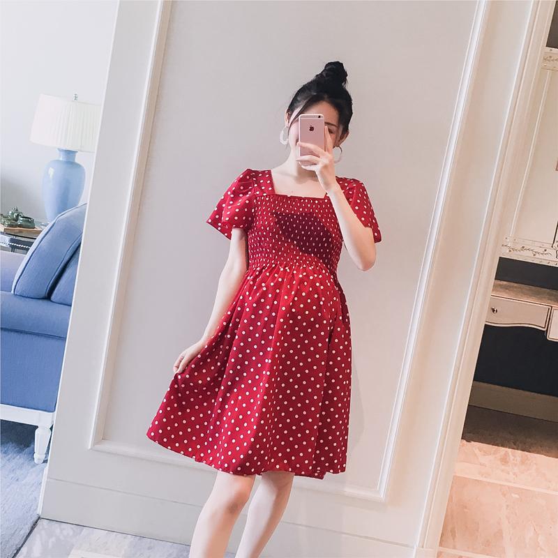 Thai sản mặc 2018 mùa hè váy mới vuông cổ áo sóng điểm bay tay áo pleated ngọt ngào giảm béo phụ nữ mang thai nóng mẹ váy