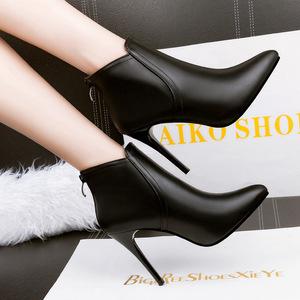 240-1《售完不补货》性感细跟短靴女鞋简约加绒踝靴子冬季新款